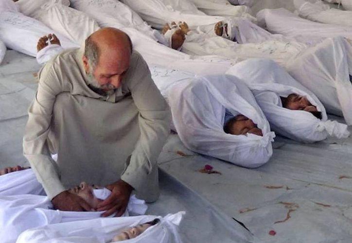 Informes oficiales señalan que desde el comienzo del conflicto en Siria -en 2011- han muerto más de 100 mil personas. (Agencias)