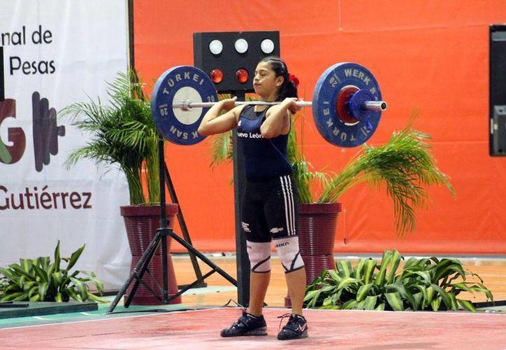 El torneo nacional de halterofilia 'Miguel Medina Gutiérrez' está dando de qué hablar con nuevos récords. La imagen es de contexto. (Milenio Novedades)