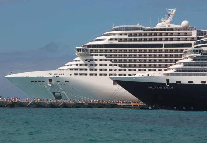 Llegan tres millones 607 mil 885 pasajeros en lo que va de 2017 a Cozumel. (Archivo/ SIPSE)