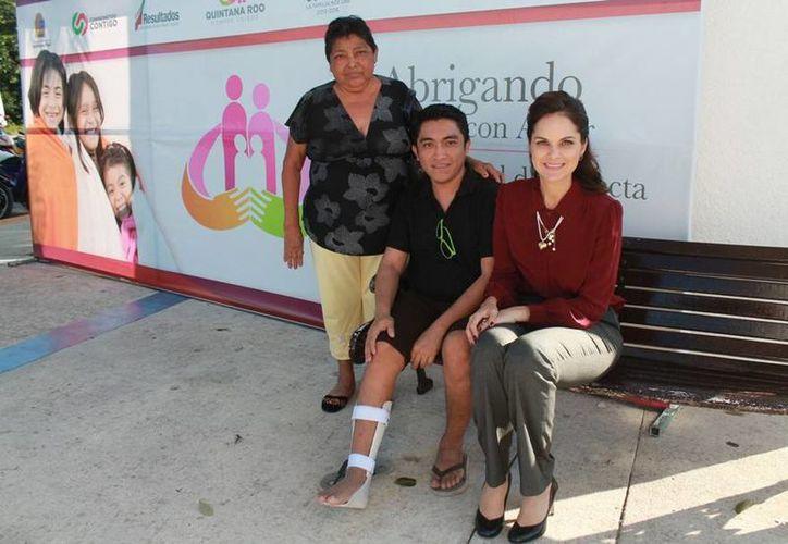 Realizan campañas de salud visual y de detección oportuna de pie plano. (Cortesía/SIPSE)