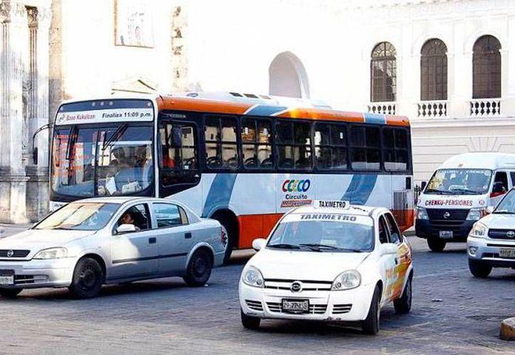 Los primeros 'beneficiados' de la renovación de unidades de transporte serán los concesionarios del Circuito Metropolitano. La imagen es únicamente ilustrativa. (Archivo/Milenio Novedades)