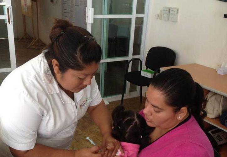 Capacitó a 40 estudiantes de la Licenciatura de Enfermería. (Redacción/SIPSE)
