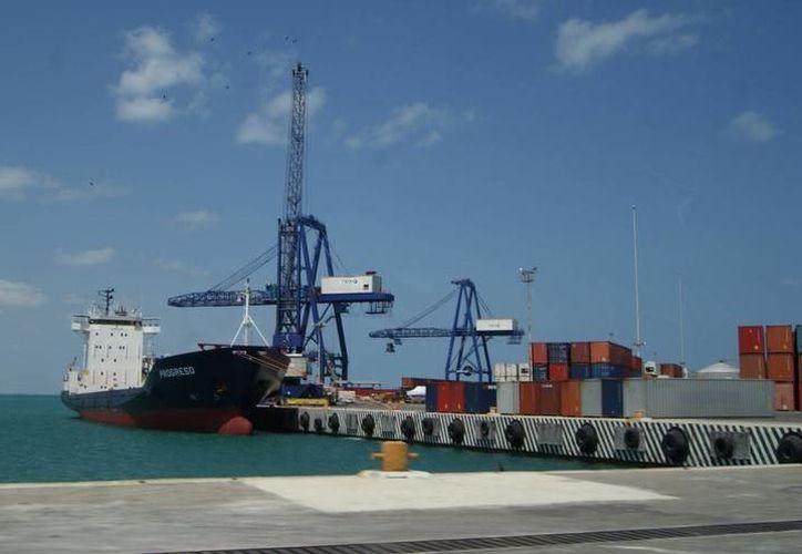 Afirman que para que llegue el gas y entren barcos con mayores capacidades se tiene que hacer el dragado. (SIPSE)