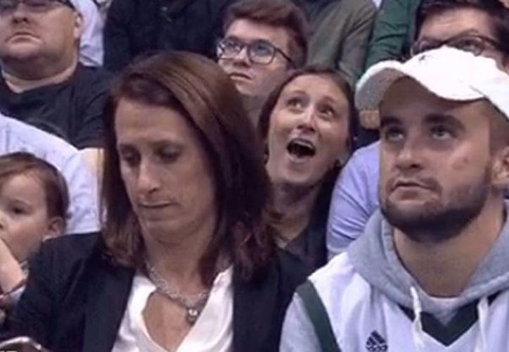 La llamativa escena se divulgó a través de la cuenta oficial de los Milwaukee Bucks. (Foto: Internet)