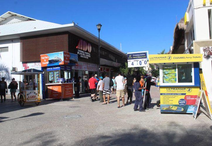 Barcos México mantiene sus puntos de venta en la vía pública de Playa del Carmen. (Octavio Martínez/SIPSE)
