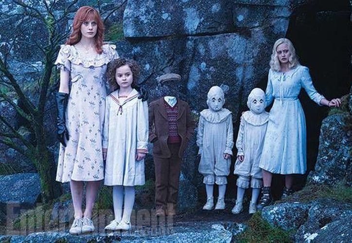 Primeras imágenes de la nueva película de Tim Burton 'In Miss Peregrine's Home for Peculiar Children'. (Imágenes tomadas de Entertainment Weekly)
