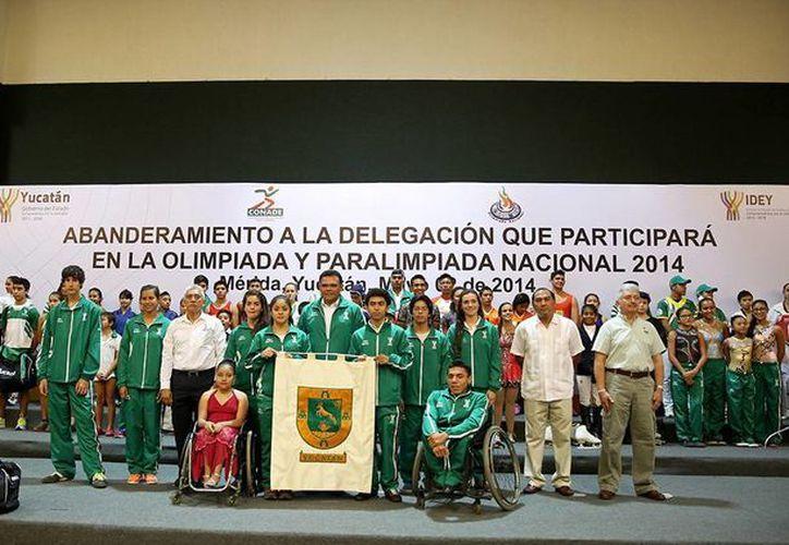 Deportistas, entrenadores, metodólogos, médicos, nutriólogos y delegados representarán desde hoy a Yucatán en la Olimpiada y la Paraolimpiada Nacional. (Foto: cortesía)