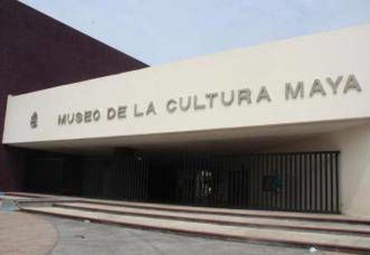 Se realizaran exhibiciones de juguetes y trabajos de los niños realizados durante talleres en el museo y Casas de la Cultura. (Redacción/SIPSE)