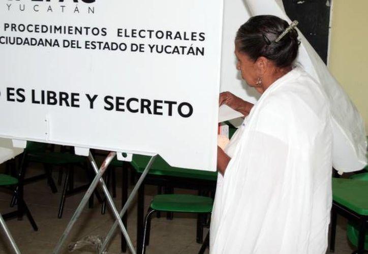 El PRI y el PVEM pidieron al INE que modifique el primer escenario de redistritación electoral para Yucatán en demarcaciones de Mérida y del interior del estado.(Foto de contexto/ Milenio Novedades)