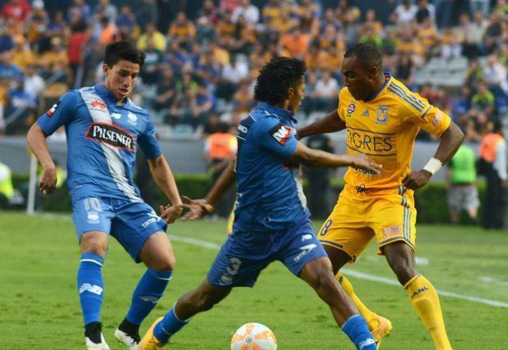 Tigres de la UANL calificaron este martes por la nocge a la primera semifinal de su historia en Copa Libertadores. (Notimex)
