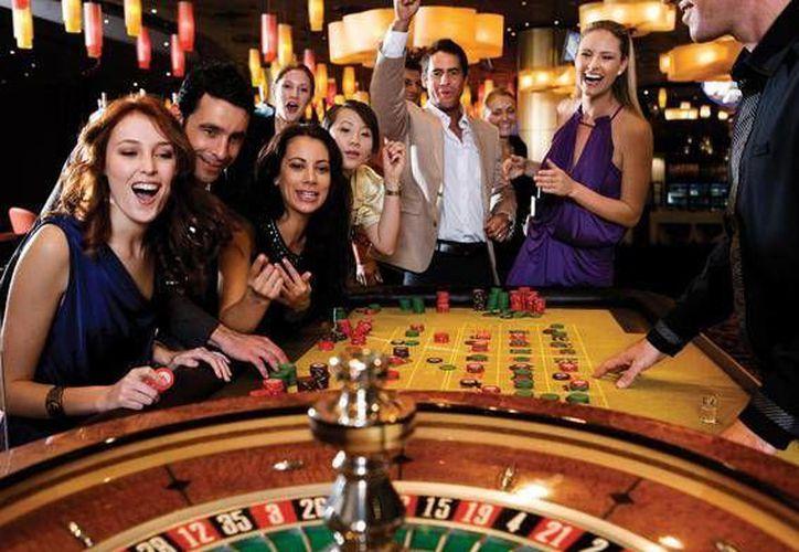 El casino 'Las Vegas' cuenta con una ruleta americana y dos mesas de black jack en vivo. (Contexto/Internet)