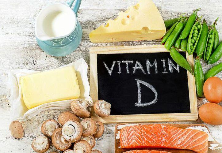 Para alcanzar el nivel recomendado de la vitamina, es necesario consumir suplementos dietéticos. (Internet)