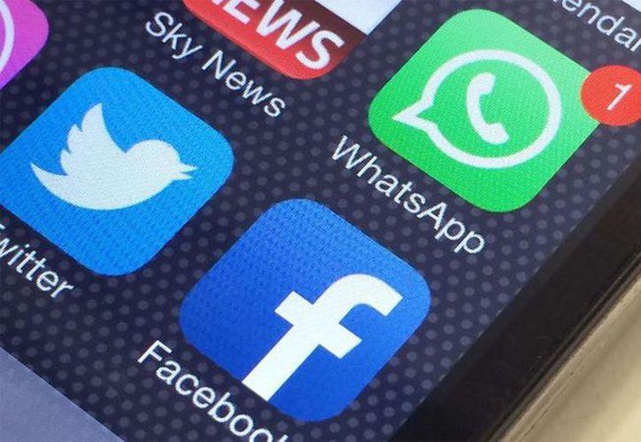 WhatsApp sólo obtuvo dos estrellas de cinco. (Contexto/Internet).