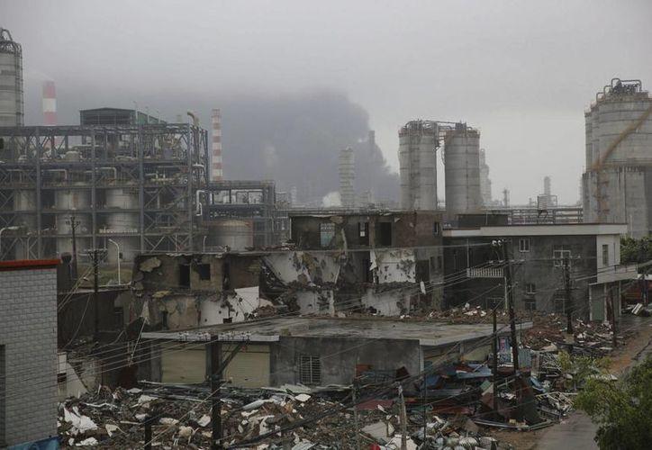 magen de archivo de la explosión en otra planta química en China el año pasado. (Archivo/EFE)