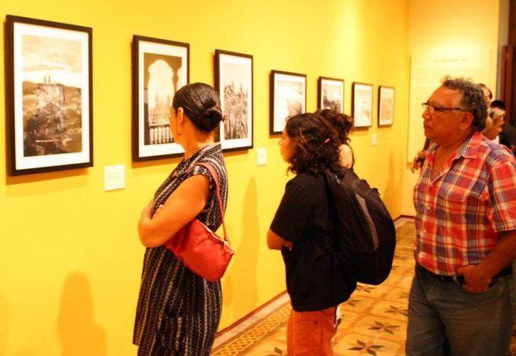 La muestra fotográfica es gratuita y se puede visitar de martes a sábado. (SIPSE)