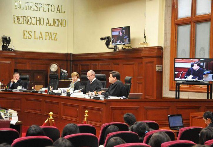 La SCJN rechazó atraer la revisión de un amparo tramitado por la defensa de 'El Chapo' Guzmán. (Notimex)
