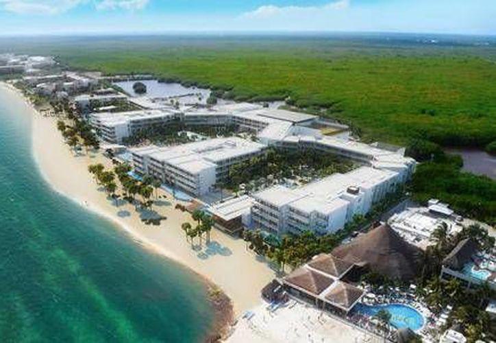 El centro de hospedaje se encuentra en Puerto Morelos  en la laguna de la Bahía Petempich. (Cortesía/El Financiero)