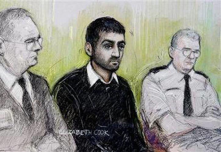 Retrato de la artista forense Elizabeth Cook, el 13 de octubre de 2014, de Erol Incedal,  en la corte penal central de Londres. (AP Foto/Elizabeth Cook/PA)
