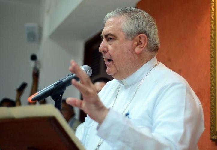 El ejercicio responsable de la paternidad exige, por tanto, que los cónyuges reconozcan plenamente sus propios deberes para con Dios, dijo el Arzobispo de Yucatán. (Milenio Novedades)