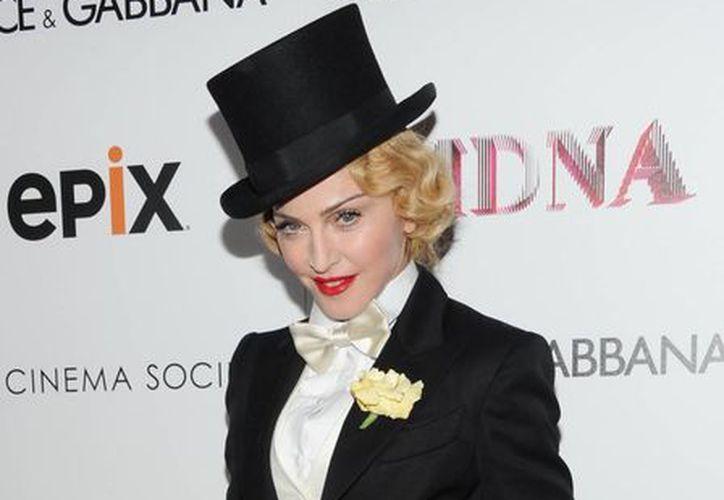 """Madonna durante la premier de """"The MDNA Tour"""" en el Teatro Paris en Nueva York. (Agencias)"""