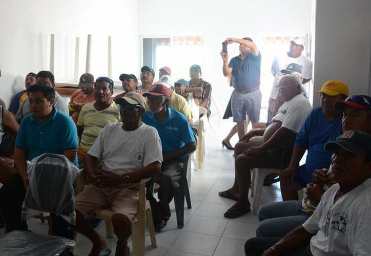 Se otorgarán apoyos económicos por la cantidad de 8 mil pesos a los pescadores que hayan tomado los cursos. (Redacción/SIPSE)