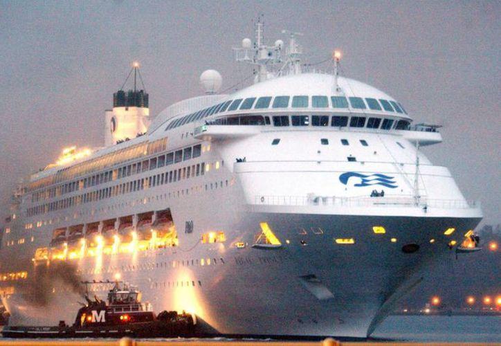 Carnival Cruise, con sede en Miami, Florida, es propietaria y operadora de múltiples líneas de cruceros y, en conjunto, comprende la compañía de embarcaciones de recreo más grande del mundo. (EFE/Archivo)