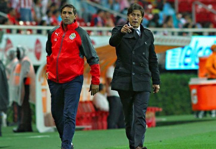 Las bajas del cuadro rojiblanco serán uno de los obstáculos a vencer para las Chivas . (IMAGO7).