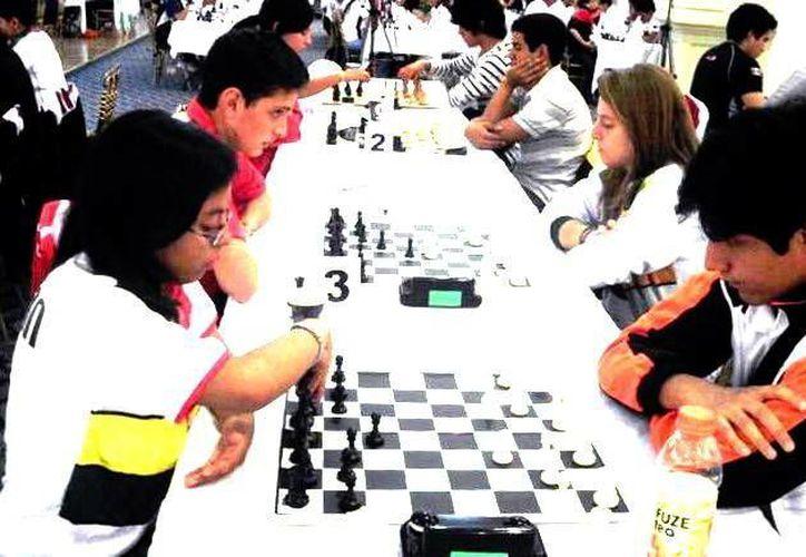 El certamen nacional terminó anoche con la premiación del ajedrez. (SIPSE)