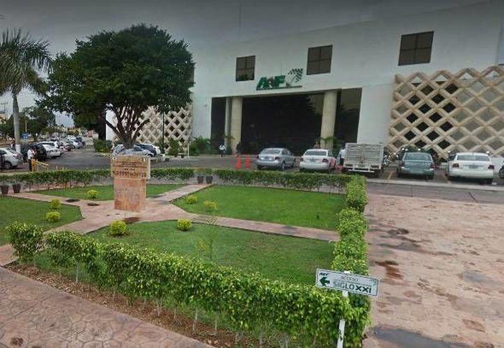 A partir de febrero, todos los derechos que cobra el Estado incrementará por el ajuste de la Unidad de Medida y Actualización (UMA) que maneja el Inegi. Imagen de contexto de las oficinas de de la Agencia de Administración Fiscal de Yucatán. (Google Maps)