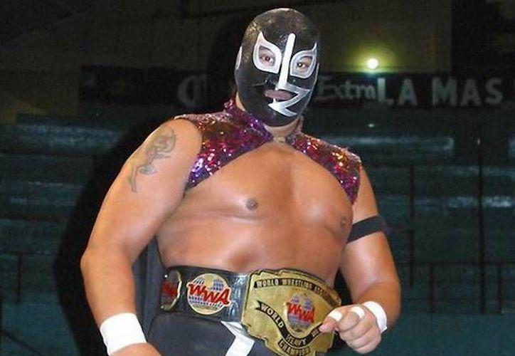 Rayo de Jalisco Jr. hará equipo con Carístico y Diamante Azul para enfrentar al Terrible, Rey Bucanero y Mephisto.(Foto tomada de Super Luchas)