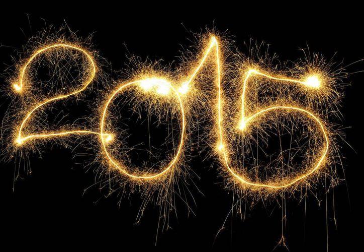 Culturas tan lejanas como la francesa, alemana, inglesa, coreana, japonesa, italiana y libanesa, entre otras, se preparan para celebrar mañana en la capital yucateca la llegada de 2015. (Milenio Novedades)