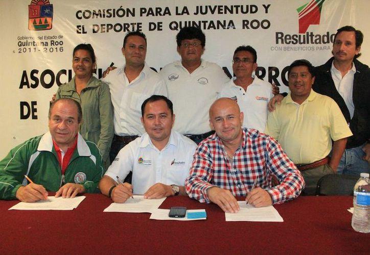 Presentan a la directiva de la nueva asociación deportiva. (Redacción/SIPSE)