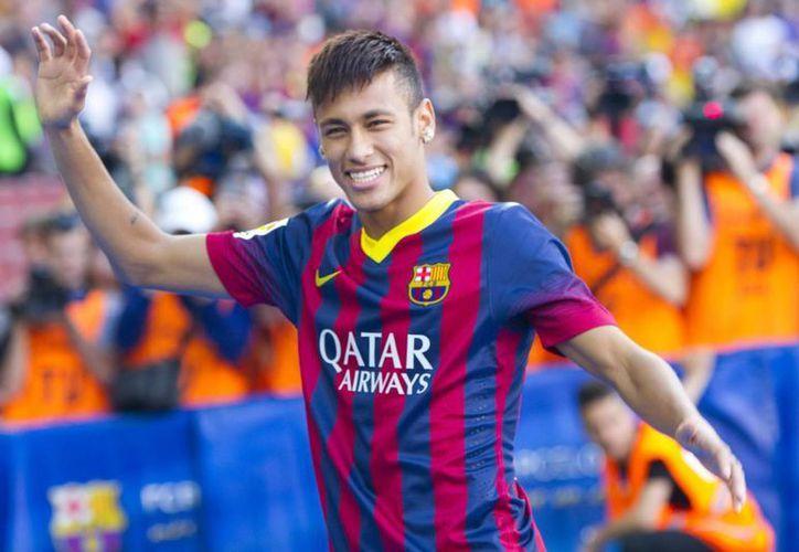 El brasileño Neymar da Silva entrenará por primera ocasión con el Barcelona. (Archivo Notimex)