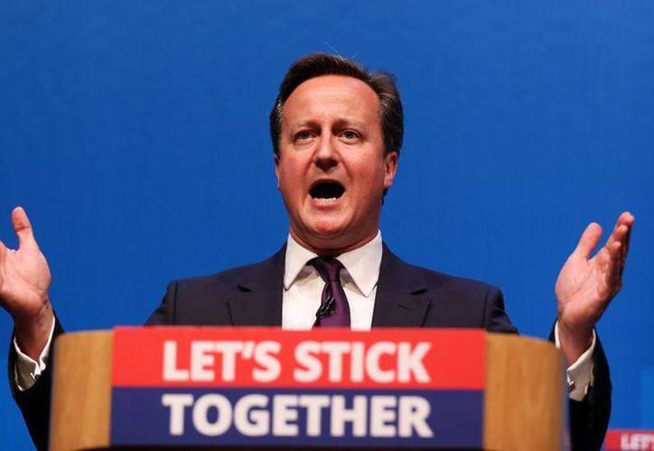 David Cameron pidió a los escoceses 'no separar a la familia' que representa el Reino Unido. (AP)
