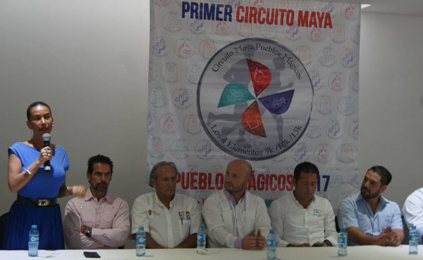 En rueda de prensa dieron a conocer los pormenores del Primer Circuito Maya 'Pueblos Mágicos, los Cuatro Elementos'. (Ángel Villegas/SIPSE)