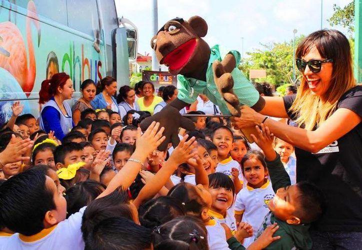 El DhBus Project pretende visitar diferentes puntos de Quintana Roo. (Daniel Pacheco/SIPSE)