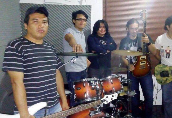 El espectáculo denominado 'Show Rock', estará a cargo del grupo 'Metalmorfosis', en el parque El Pez Volador, del fraccionamiento Pacabtún. (Milenio Novedades)