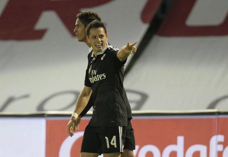 El mexicano Javier Hernández, Chicharito, quien hasta hace poco tenía las horas contadas con Real Madrid, ahora con sus goles parece tener una nueva oportunidad. (Foto: AP)