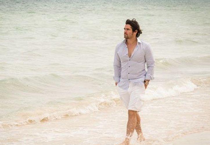 En esta estancia disfrutó el jugar futbol con su hermano que lo acompañó, caminó por la playa. (Milenio.com)