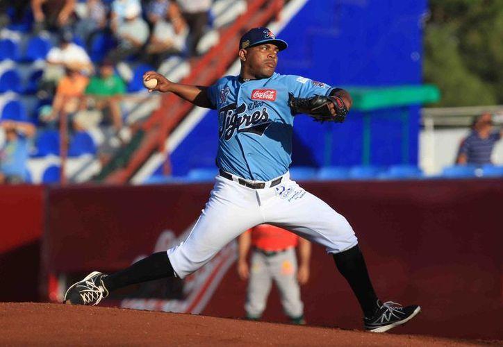El cubano Amauri Sanit, sumó su tercer éxito en la fila, llegando a seis en la campaña. (Redacción/SIPSE)