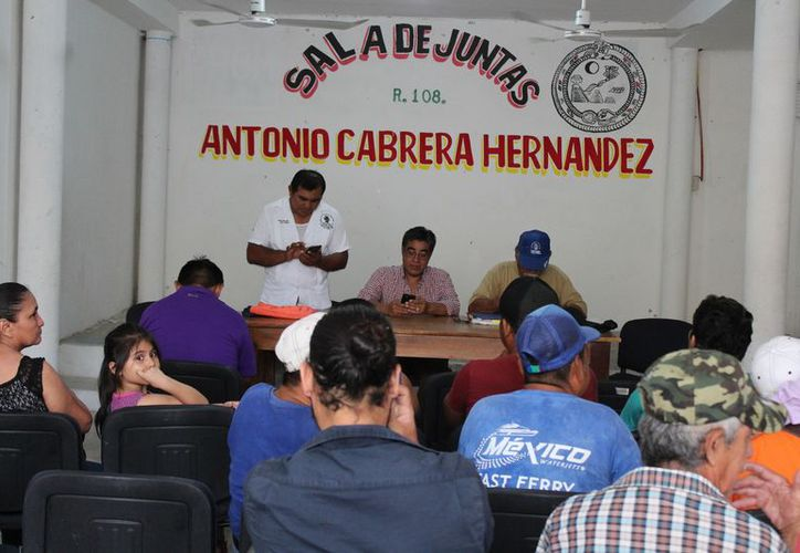 Los socios tricicleros votaron a favor de formar parte de la Confederación. (Adrián Barreto/SIPSE)