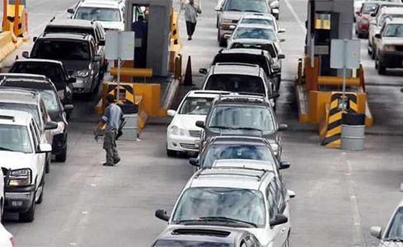La mayor seguridad y las ofertas en EU atraen a muchos mexicanos en esta época. (www.zocalo.com.mx/Archivo)