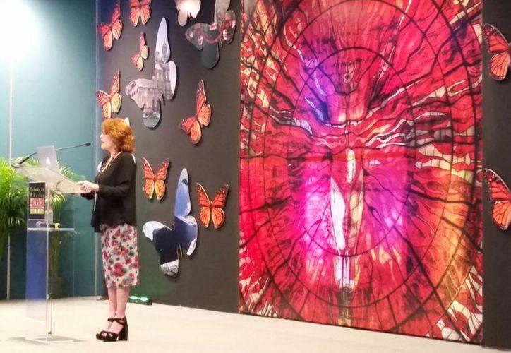 Claudia Walls Walls presentó su ponencia en el evento de cultura. (Alejandro García/SIPSE)