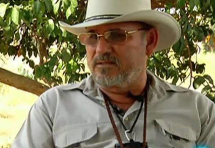 El fundador y líder de las autodefensas de La Ruana, Hipólito Mora, fue detenido ayer por la Procuraduría General de Justicia de Michoacán. (Internet)