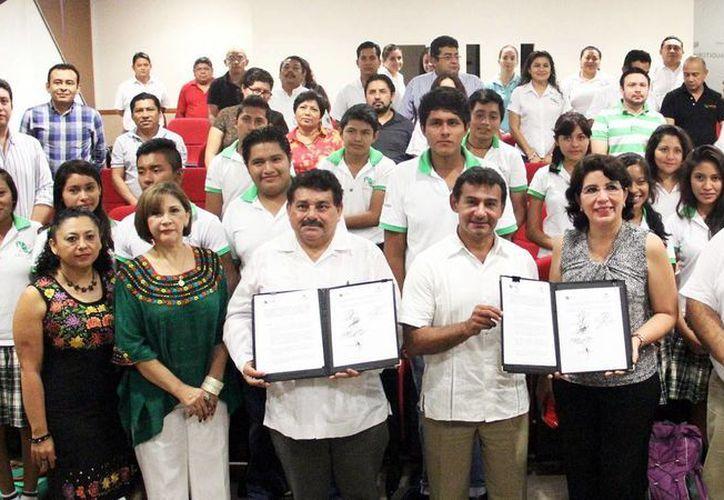 El convenio entre el Inaip y Cecytey beneficiará a más de 3 mil alumnos. (Milenio Novedades)