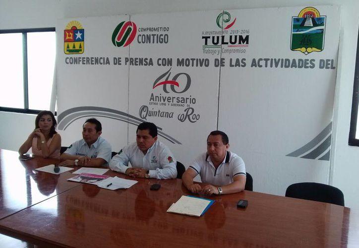 El presidente municipal, David Balam Chan, ofreció una conferencia de prensa para informar en qué consistirá la celebración. (Rossy López/SIPSE)