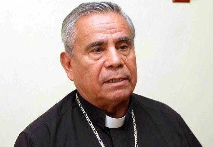 El obispo de Chilpancingo-Chilapa, Alejo Zavala Castro (foto) renuncia y deja su lugar a Salvador Rangel Mendoza, por orden del Papa Francisco. (tiempo.com.mx)