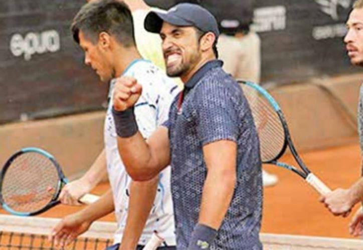 Participaron los mexicanos en los partidos de dobles. (excelsior.com)