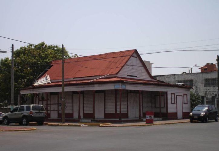 De un censo inicial realizado en 1995, fueron registradas 101 casas de madera con estilo y característica anglo caribeñas. (Paloma Wong/SIPSE)