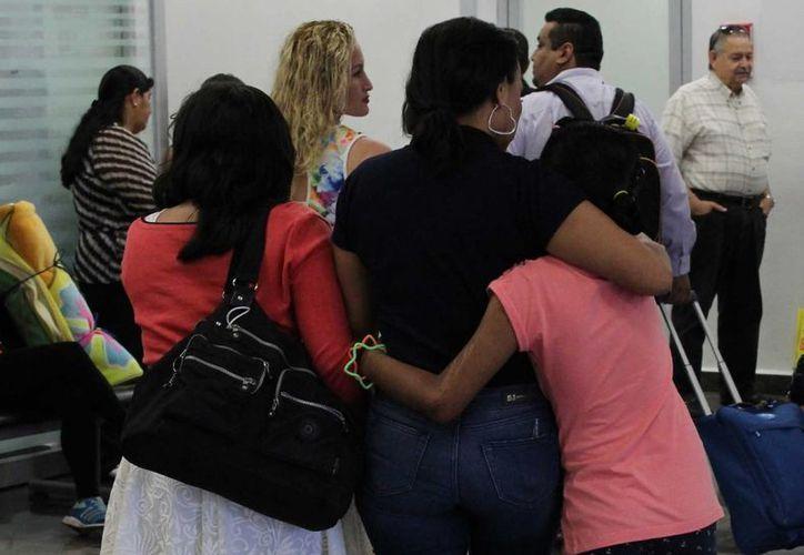 Gaby será operada en la Ciudad de México con el objetivo de devolverle la movilidad en los dedos de las manos. (Ángel Castilla/SIPSE)